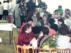 Sraz absolventů základní školy ve Velkém Malahově (16. října 2004)